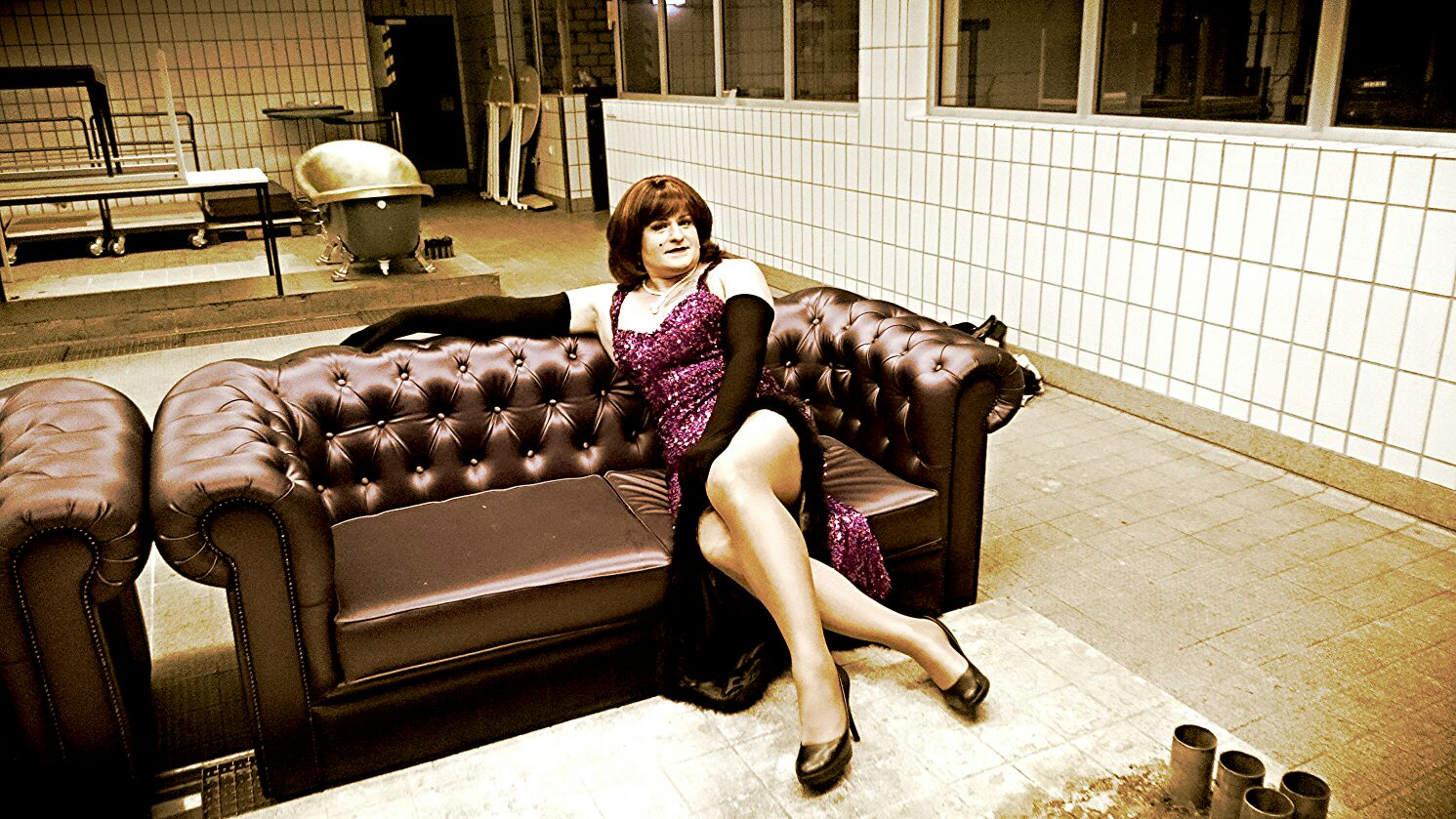 Miss Gloria Vain Couch